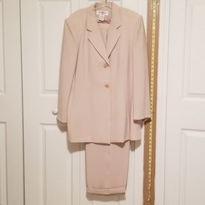 Jones New York Cream Pant Suit
